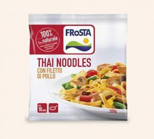 thai-noodles-con-filetto-di-pollo